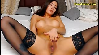 Flexible Latina To hot to be true for a CamGirl