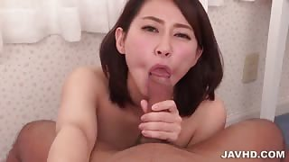 Ameri Koshikawa sucking a dick