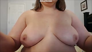 Pretty Fat Woman Squirting Milk from Her Big Tits
