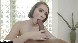 Natalie Porkman fucks a big black dick