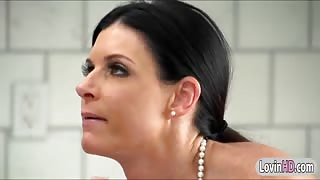 Gorgeous cougar India Summer blowjob and reverse cowgirl cock riding