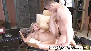 Meaty blonde cougar screws and gets a facial